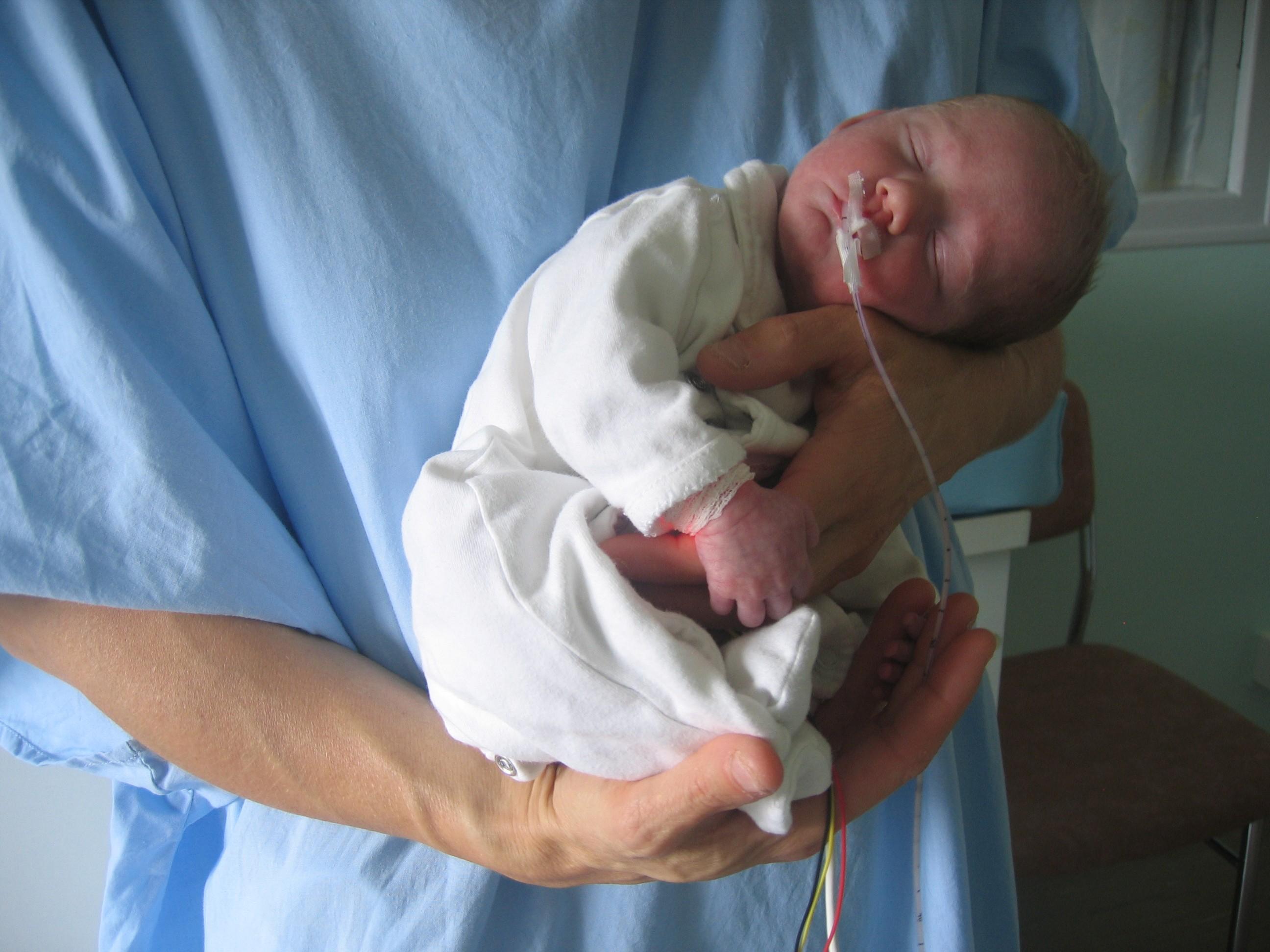 d0ea9a90fc83f Soutien au développement des prématurés   10 ans de soins sur mesure avec  le NIDCAP